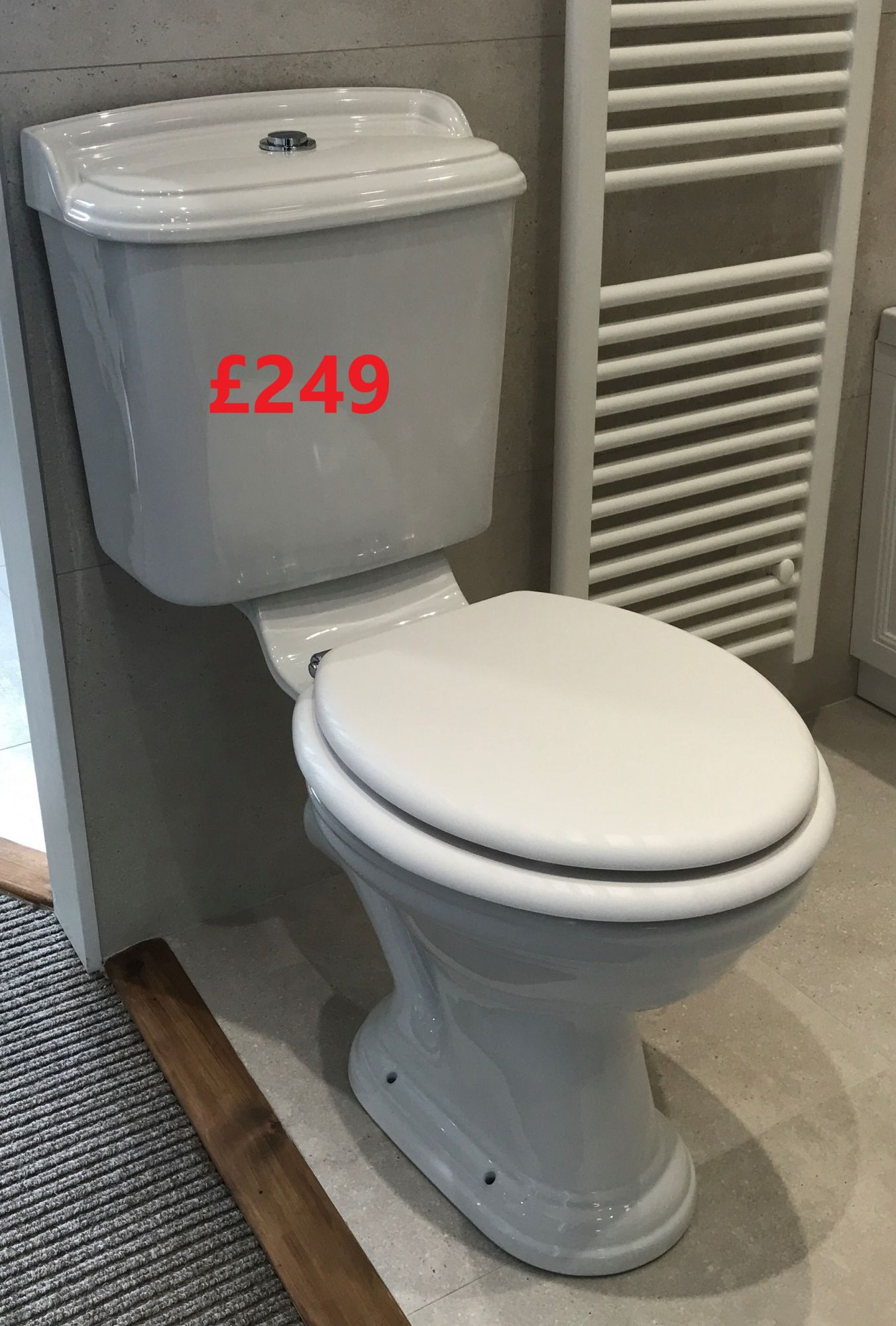 Heritage Close Coupled WC Ex display