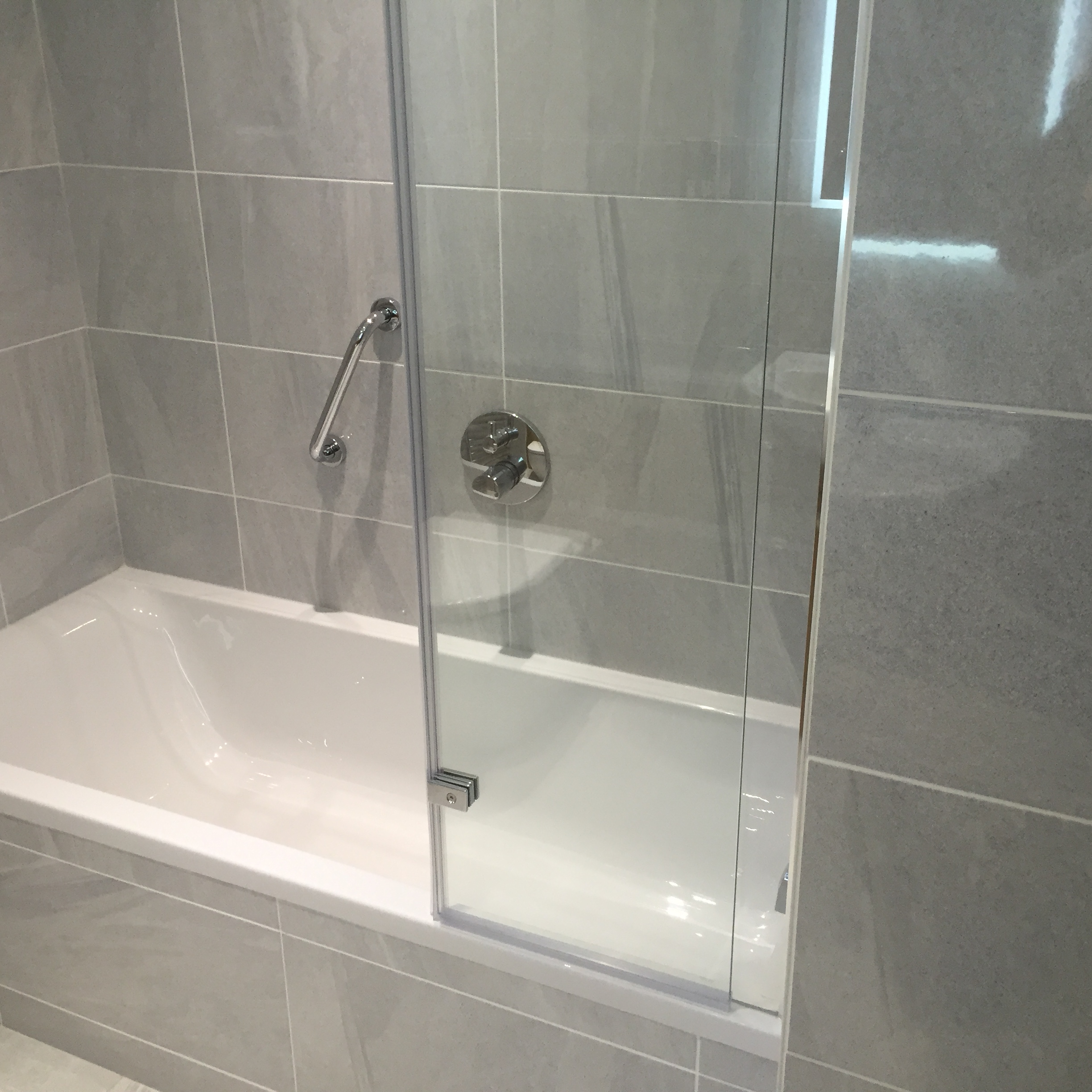 Tiled Bath Panels Installation At Curtis Brothers